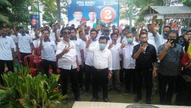 Photo of Diklaim Dukung Kandidat Lain, Warga Jaluko Tergabung Pro 3 Tegaskan Dukung Haris-Sani